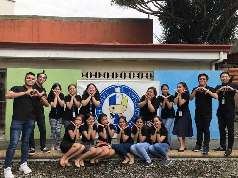 フィリピン・セブの語学学校(takahari・講師集合)